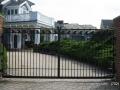 exterior-gates-0394